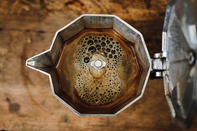 Kotyogóban készül a kávé :)